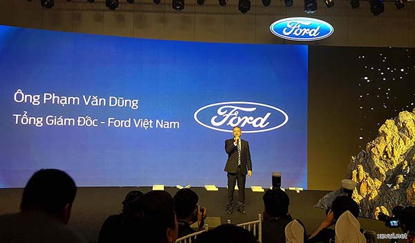 ford_everest_2018